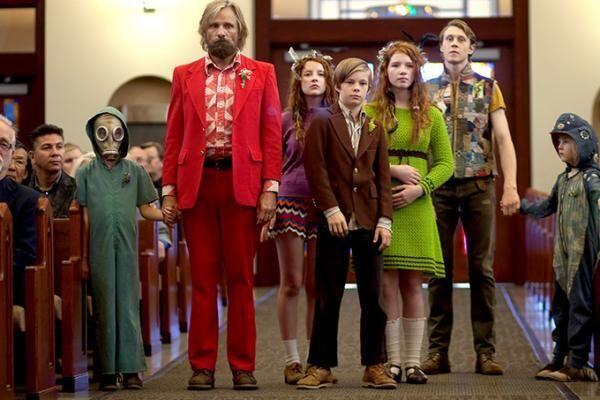 映画『はじまりへの旅』ヴィゴ・モーテンセン主演、世間から隔離された森に住む大家族が都会へ旅に