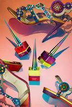 クリスチャン ルブタンの限定ネイルカラー「ルビクローム」スペッキオから着想を得た春色3色