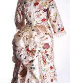 「ファッションとアート 麗しき東西交流」展 横浜美術館にて、ジャポニスムに影響を受けたシャネルの服も