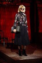 ケイト・スペード ニューヨーク 17年秋コレクション - 20年代パリの力強い女性らしさを蘇らせて