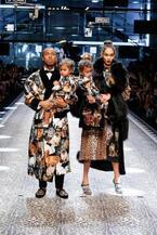 ドルチェ&ガッバーナ 2017年秋冬ウィメンズコレクション - ファッションへの愛を全ての人に