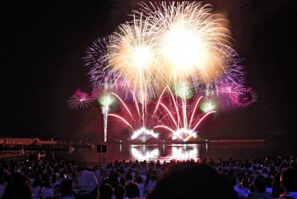 ハウステンボス「世界花火師競技会」海外トップクラスの花火を鑑賞