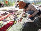 """「スプリングフラワーカーペット」恵比寿ガーデンプレイスに""""花の絨毯""""が現れる、エッグペインティングも"""
