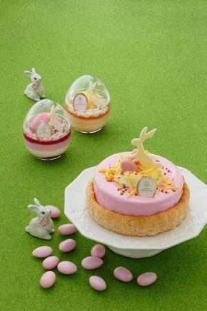 アンリ・シャルパンティエのイースター限定コレクション - 卵を抱えたウサギがのったケーキやムース