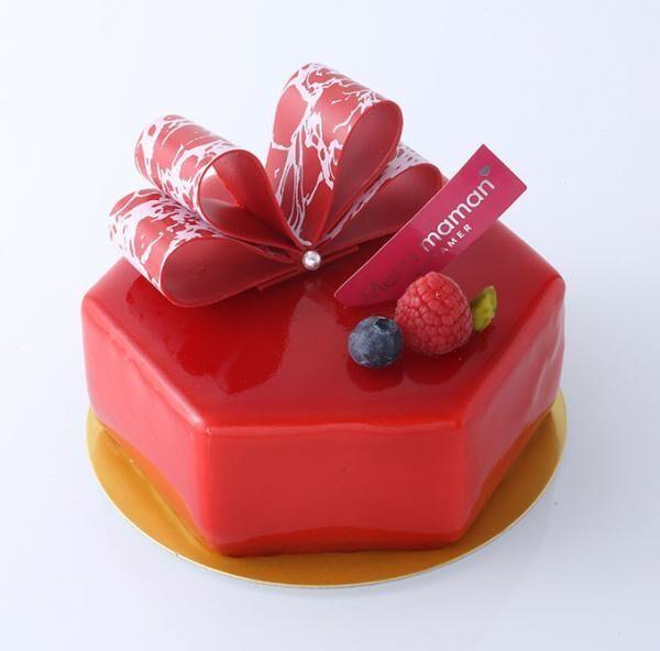 ベルギー王室御用達「ヴィタメール」から母の日のケーキ「ルージュ・フィネス」苺のムースにローズの香りを