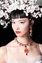 「ドルチェ&ガッバーナ」東京ショーのヘア&メイクアップを紹介 - 森星&萬波ユカが参加
