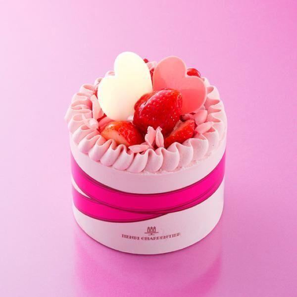 アンリ・シャルパンティエから母の日限定ケーキ「マ・メール」- カーネーションの花束をイメージ