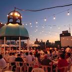 バドワイザービール×焼肉の屋上ビアガーデン、大阪・十三にオープン - 神戸・難波・大宮も