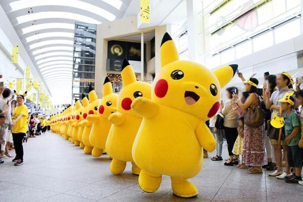 「ピカチュウだけじゃない ピカチュウ大量発生チュウ!」を横浜で - スプラッシュショーも再び開催