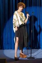 ステラ マッカートニー  2018年春コレクション - 突然舞い降りた遊び心にハートは虜