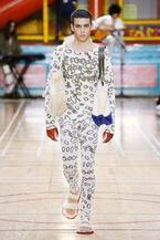 ヴィヴィアン・ウエストウッド2018年春夏コレクション - 英国トラッドも自由な発想で唯一無二の服に