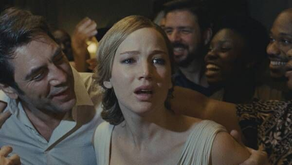 ブラック・スワンの監督最新作、映画『マザー!』緻密な心理描写で描くサイコ・ミステリー
