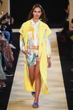 レオナール 2018年春夏コレクション - 夏の思い出作りにドレスとスイムウェアを握りしめて