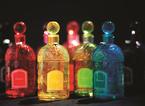 ゲランの限定フレグランス「カラー ビーボトル」日本上陸、カラフルなボトルに人気香水を詰め込んで