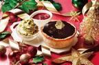 パブロのクリスマス限定チーズタルト、とろける濃厚ショコラ×甘酸っぱいベリーのハーモニー
