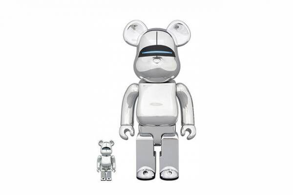 セクシーロボットがベアブリック&ラブリックに - イラストレーター空山基の作品