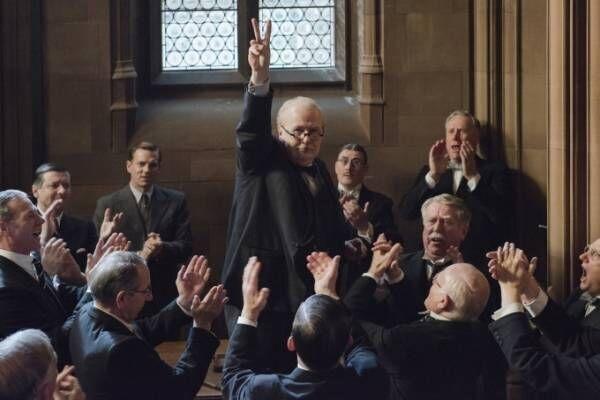 映画『ウィンストン・チャーチル/ヒトラーから世界を救った男』ゲイリー・オールドマンが熱演