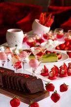 グランド ハイアット 福岡「苺のデザートビュッフェ」苺のチョコフォンデュやあまおうのスープ