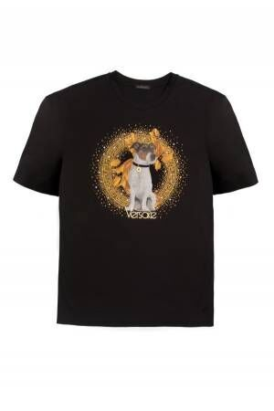 ヴェルサーチ 2018年の干支「戌」モチーフのTシャツやウォレット、デザイナーの愛犬をモチーフに