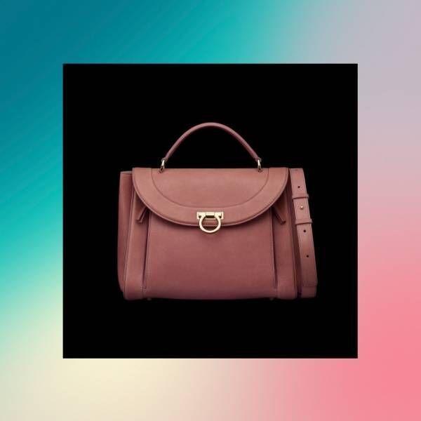 サルヴァトーレ フェラガモ新作バッグ「ソフィア・レインボー」虹のようなマルチカラーの内ポケット