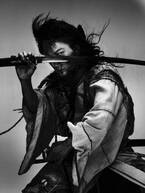 映画『パンク侍、斬られて候』綾野剛主演&宮藤官九郎脚本で、町田康の時代小説を映画化