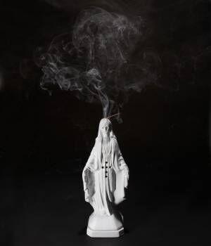 """ワコマリア初、""""マリア像""""をモチーフに製作した陶器のお香立て&フレグランス発売"""