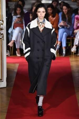 ポール&ジョー 2018年秋冬コレクション - ギークな女の子がモダンに着こなす懐かしのスタイル