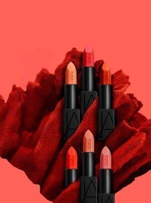 NARS「オーデイシャスリップスティック」新色 - コーラルやオレンジなどポップな春カラー全6色