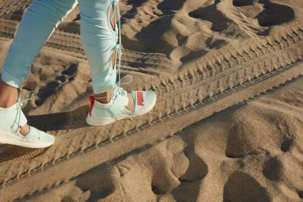 フェンティ プーマ バイ リアーナ新作スニーカー、ドローコード&メッシュアッパーで夏らしく