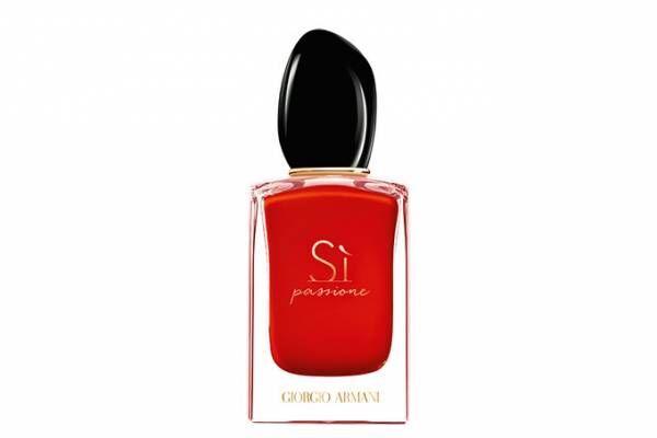 """ジョルジオ アルマーニ ビューティの新作香水 - """"情熱の赤で彩った""""フローラル フルーティ"""