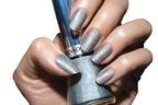 レブロン ネイル エナメルにオーロラに輝く新色「ユニコーン カラー」