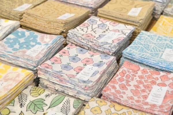 手紙社主催「布博」を町田で開催 - 全国の布作家がハンカチや靴下を展示・販売
