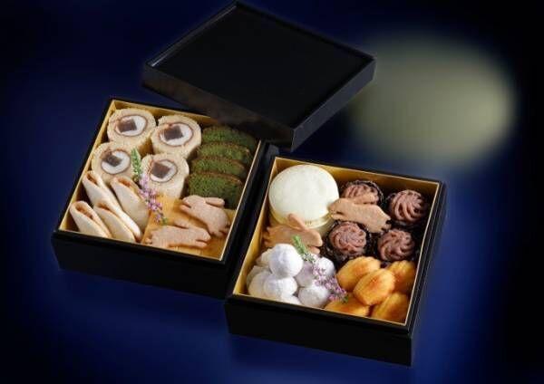 シェラトン都ホテルの「お月見スイーツ重」満月マカロンやうさぎクッキーなどを詰め込んだ重箱