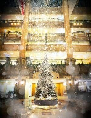 横浜ランドマークタワー「ザ ランドマーク クリスマス」雪が舞うホワイトクリスマスの演出も