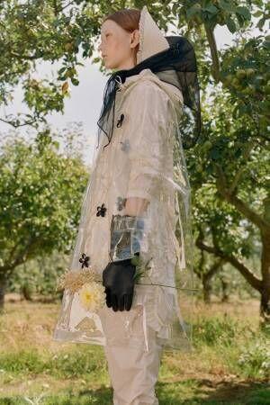 モンクレール ジーニアス 4 モンクレール シモーネ・ロシャ 19年春夏 - 花々に囲まれた庭園