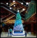 """マークイズみなとみらいに""""ブリリアント ブルー""""色のクリスマス ツリーが登場、音や色が変化"""