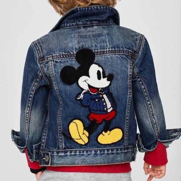 GAP、ミッキーマウスとコラボしたキッズ&ベビーアイテム - デニムジャケットを着た限定ミッキー