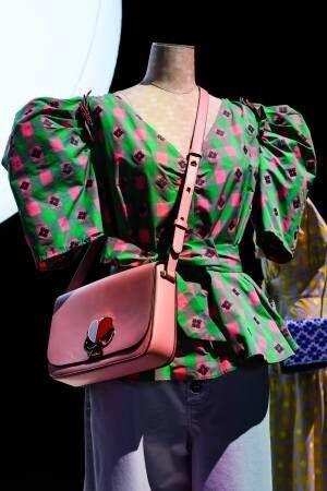 """ケイト・スペード ニューヨーク 19年春コレクション - """"スペード""""に見出したブランドのコア"""