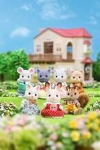 シルバニアファミリー初の大規模展覧会が名古屋に、人形など1,000種以上を展示&限定グッズも