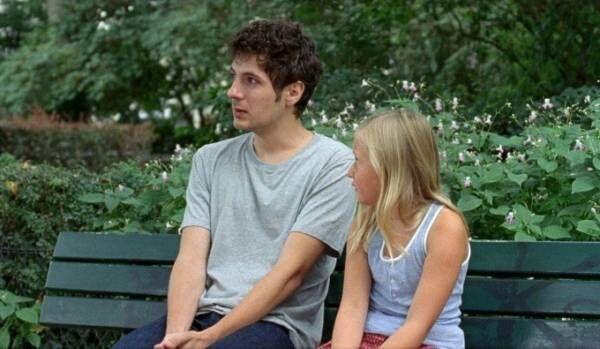 """映画『アマンダと僕』姉を亡くした青年とひとりぼっちの少女が悲しみを乗り越える""""絆""""の物語"""