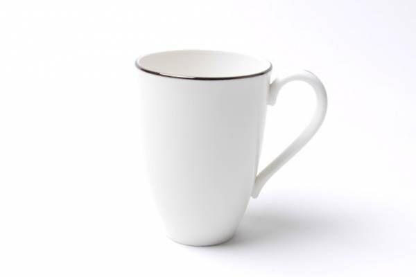 ロンハーマン、老舗陶器ブランド「レノックス」別注プレート&マグカップ - ブランドロゴを配して