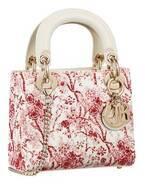 """ディオール""""トワル ドゥ ジュイ""""赤いアジサイの花を配した「レディ ディオール」バッグなど"""
