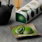 祇園辻利の新スイーツ「抹茶もちショコラ」濃厚抹茶チョコ×お餅、食べる直前に抹茶をふりかけて
