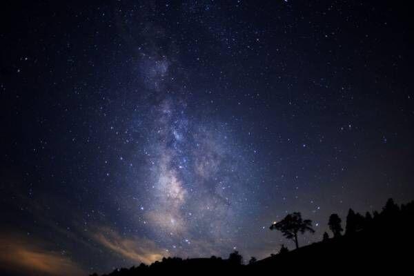 「天空の楽園 日本一の星空ナイトツアー」長野・阿智村で、ゴンドラに乗り込み眺める満天の星空
