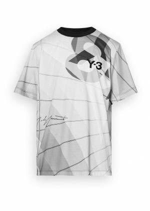 """Y-3""""セーリング""""着想の新作ウェア&スニーカー - ヨットの帆を模したプリントのポンチョなど"""