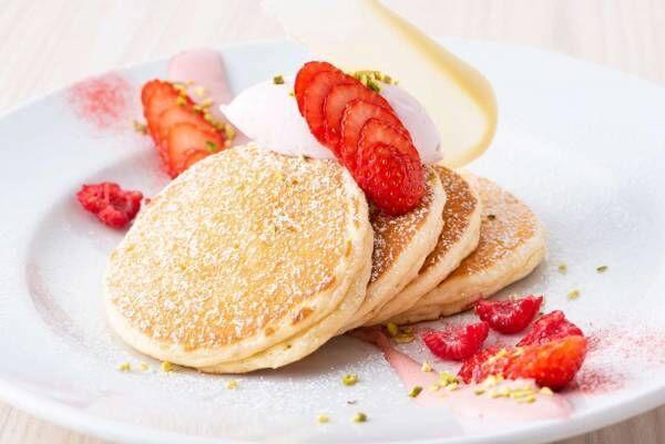 サラベス「いちごのティラミスパンケーキ」ふわふわ食感のパンケーキ&苺×チーズのクリーム