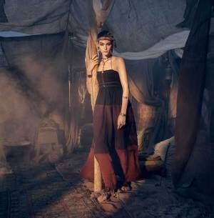 ZARAメンズ&ウィメンズの新作 - カフタンや刺繡ドレス、スポーツライン入りセットアップなど