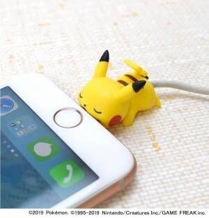 """ピカチュウ&ピチューが""""ガブっと噛みつき""""断線防止、iPhone用アクセサリー「ケーブルバイト」新作"""