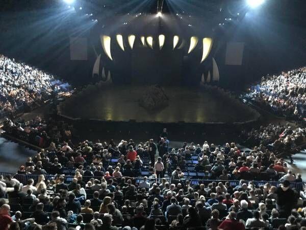 世界最大の恐竜ショー「ウォーキング・ウィズ・ダイナソー ライブエクスペリエンス」が横浜で開催