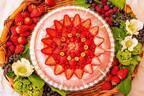 キル フェ ボンのグランフロント大阪限定「ミックスフルーツジュースのタルト」桃のコンポートや苺を使用
